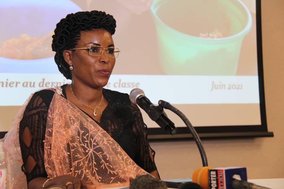 Angeline Ndayishimiye, première dame du Burundi lors d'une rencontre avec les cadres du Système des Nations-Unies au Bénin.